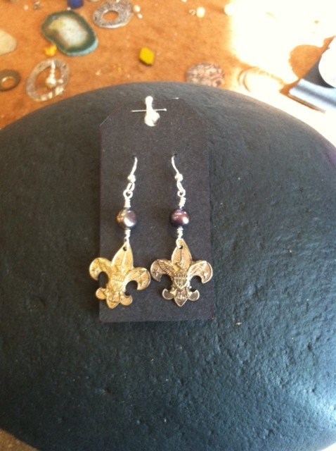 Reclaimed By Beth Mcdaniel Boy Scout Pin Earrings 435