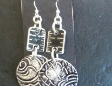 Black ruler and aluminum discs earrings #396